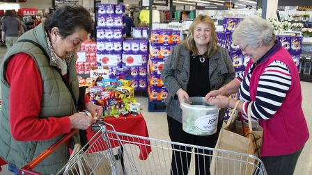 Elaine Griffin Singh in Sainsbury's on Saturday raising money for a new kitchen at Centre E.