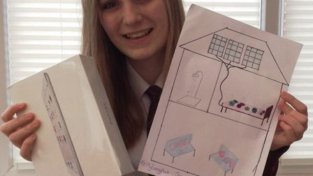Chatteris girl's alternative sunbed idea bags her second place and an iPad mini in E.ON's energy com