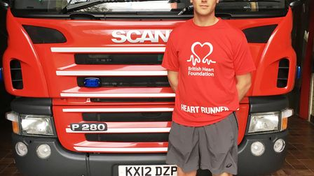 Thorney firefighter Tom to take on London Marathon in memory of popular uncle Malcom Bean, who serve