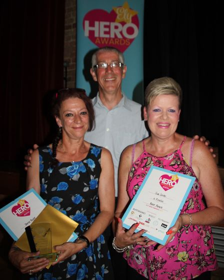 Best Parent from Sonia Taylor (winner) and Sue Smith with representative of sponsor Red Shoes Accoun