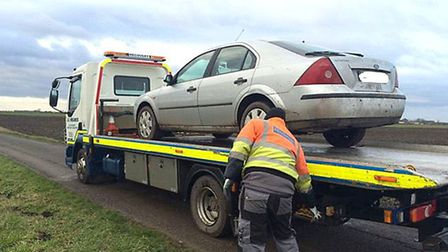31 jan 2015 - police nab four men for suspected hare coursing at Grandford Drive, March and seize th