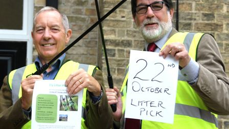 Former Mayor of Ely, Councillor Ian Lindsay and current Mayor of Ely, Councillor Richard Hobbs, pict
