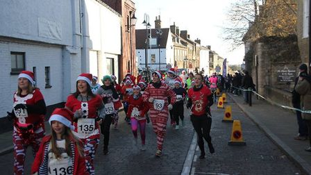 Ely Festive 5k sold out earlier than ever this year, with all 650 places snapped up by festive lovin