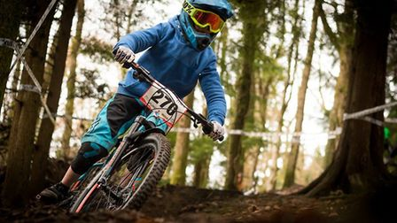 Ollie Sinden in action at the Onza Tyres Mini Downhill Series.