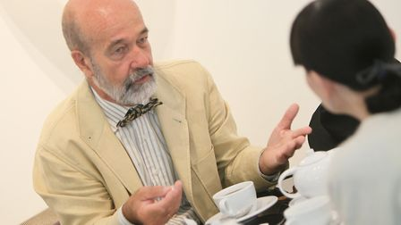 Spanish Dr, Juan Gérvas, has spoken out about the lack of respect for women in the mesh implant scan