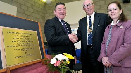 Official opening of the Manea School extension by Dave 'Boy' Green. Shaking hands with CCC Chairman