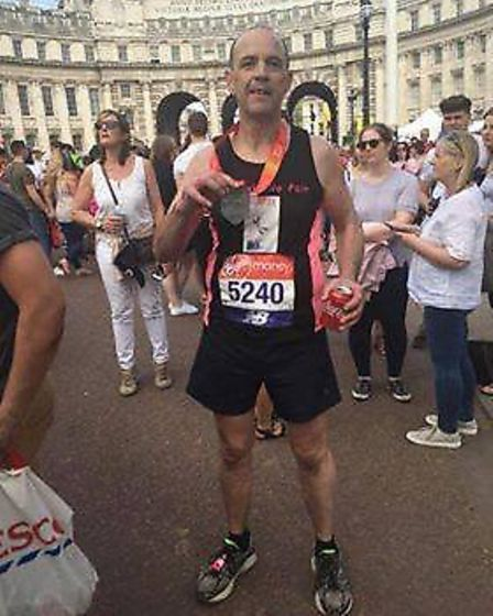 Martin Bristow from Farcet successfully completes the London Marathon for No Pain No Gain charity