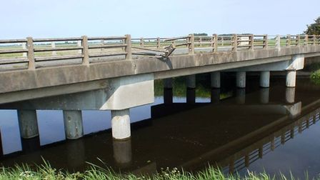Cotton's Corner Bridge, Christchurc:: Photos from two years ago when it was damaged