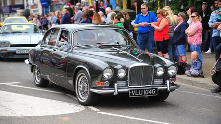 From vintage cars to Disney characters – hundreds lined the streets in March as the Summer Festival
