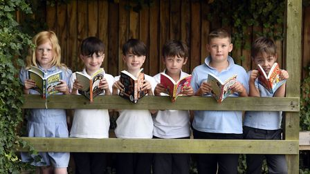 Murrow - MP Steve Barclays Read to Succeed raises over 2,000 new books for local children