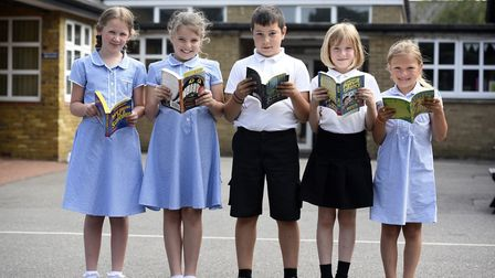 Thomas Eaton - MP Steve Barclays Read to Succeed raises over 2,000 new books for local children