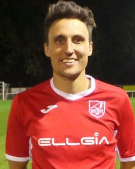 Ely City star Lee Reed struck a late double to sink Framlingham Town on the opening day of the seaso