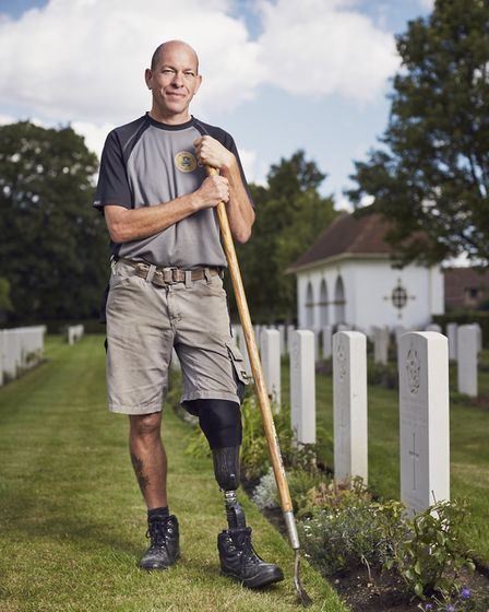 Wayne, whose left leg was amputated below the knee after he was injured in training, gave a speech a