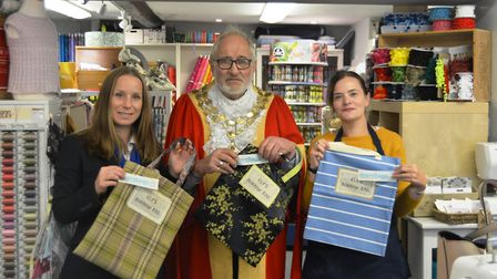 Borrow bags to appear in Ely shops to create a plastic bag free city.