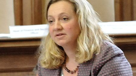 Lib Dem leader councillor Lucy Nethsingha slams Cambs County Council for Christmas to New Year unpai