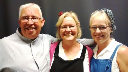 Viva Soham perform Goodnight Mister Tom. Keith Gallois, Judith Collingswood and Alison O'Connor are