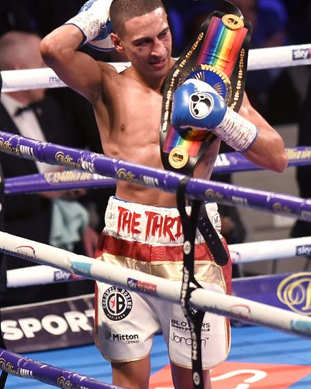 Jordan Gill of Chatteris took the Commonwealth featherweight boxing title on Saturday night in a thr