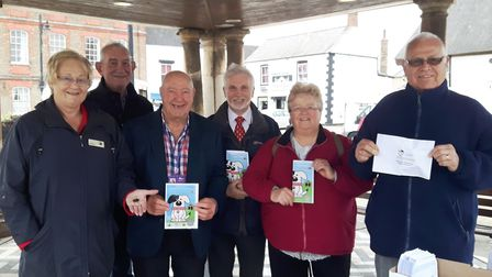 Taking the lead on dog fouling: Pictured from left are FDC Chairman and Whittlesey town councillor,