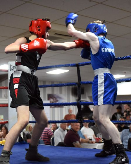 March boxers at the BRAZA Club dinner show, Sonny McElliott v Tyler Roberts Pictures: IAN CARTER