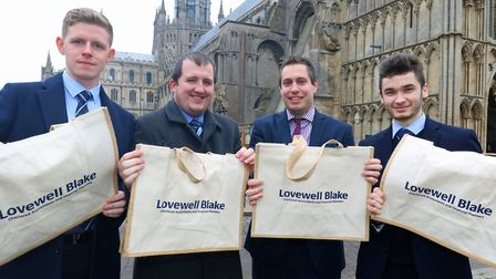 Hundreds of re-useable jute shoulder bags will be given out by an Ely chartered accountancy firm in