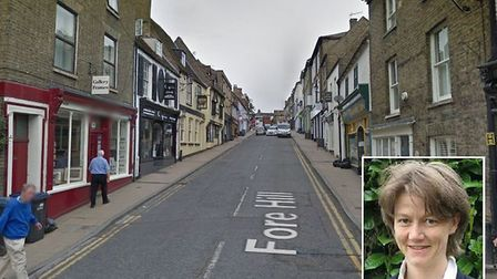 """A stark warning to motorists who block roads by parking """"selfishly"""" in Ely has been issued by a dist"""
