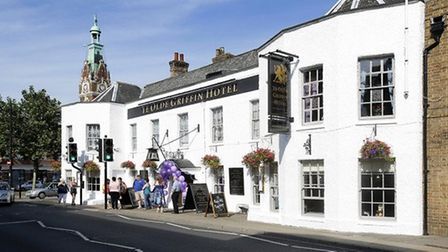 Fundraising night at Ye Olde Griffin will see residents take part in a series of challenges for Macm