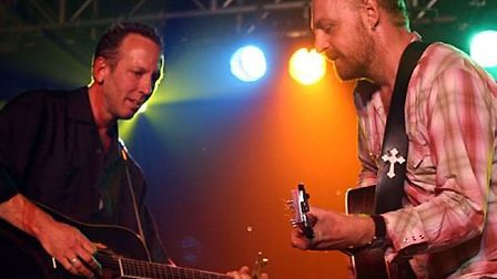Musicians and friends Boo Hewerdine and Darden Smith will perform at the Babylon Gallery in Ely on M