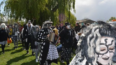 Eel Day (2019) and the main day, Saturday, included the traditional parade through the city, eel thr