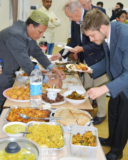 Ely councillors spent the evening with the Muslim community as they broke their fast during the holy
