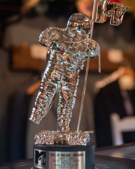 Three MTV awards from 1997 sold for £16,000 Picture: PA/PA Media