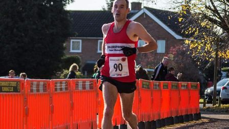 Ben Carpendale surges home to win the Stowmarket Scenic Seven. Picture: CONTRIBUTED/ANDREW SARGENT
