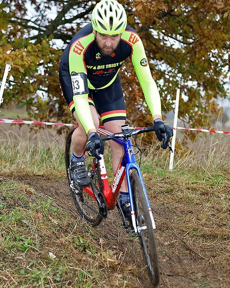 Martin Holland in the Grand Vets race. Picture: Davey Jones.