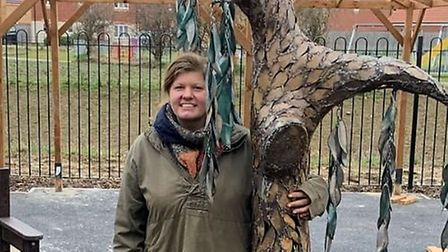 Jeni Cairns with her Weeping Willows sculpture at the Willow Court development in Whittlesey. Pictur