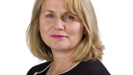 Tracy Dowling CEO of Cambridgeshire and Peterborough NHS Foundation Trust
