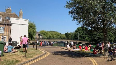 With temperatures soaring, the ideal day to take a stroll along the riverside in Ely. Stop for a dri