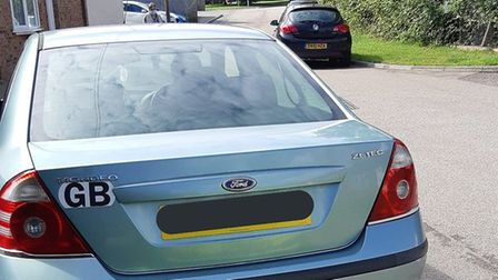 The driver of this Ford Mondeo asked police what car insurance was after he was pulled over for no i
