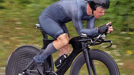 Darran Bennett broke another club record at the Shaftesbury 50-mile time trial on top of the 25-mile