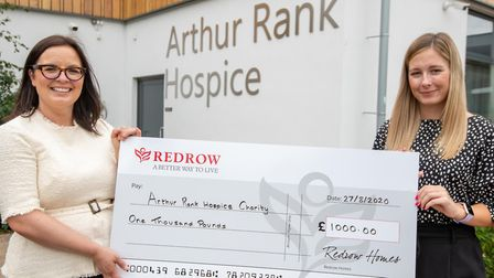 The Arthur Rank Hospice Charity received a generous donation from Redrow Homes South Midlands, who a
