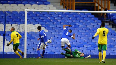 Carlton Morris opens the scoring in Norwich City's 4-2 win at Everton in the FA Youth Cup.