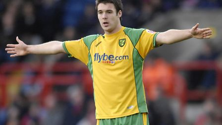 Academy product Jason Shackell in action for Norwich CIty's first team.