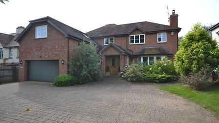 To let in Budleigh; call Bradleys on 01395 442201.