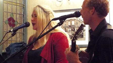 Tash Fardell and Jas Walker performing at the Festival Edge at Exmouth's Bicton Inn. Picture: Paul S