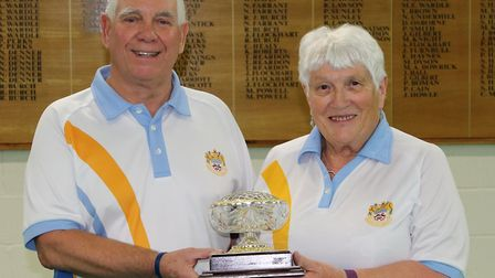 Fran Deves pairs winners Graham Clarkson and Deirdre Norman. Picture MADEIRA BOWLS CLUB