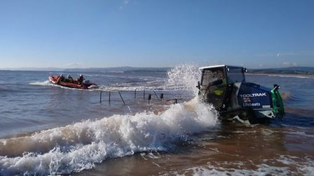 Exmouth Inshore Lifeboat launches to the rescue. Picture: Exmouth RNLI