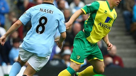 Norwich City defender Steven Whittaker is determined to boucne back from an injury-hit debut season