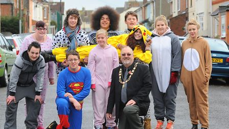 Sponsored walk to Africa Alive from the Seagull Theatre to raise funds to make Christmas parcels for