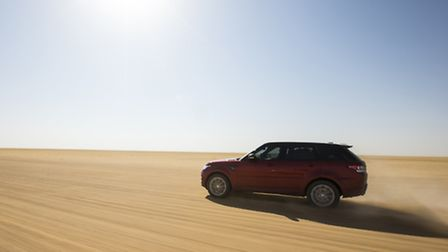 A new Range Rover Sport has set a new record for crossing one of the harshest and most challenging d