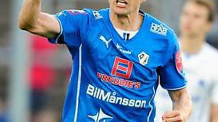 Mikael Boman in action for Halmstad.