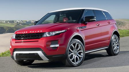 Hunters Land Rover Norwich has deposit contributions of up to £3,500 on current model year Range Rov