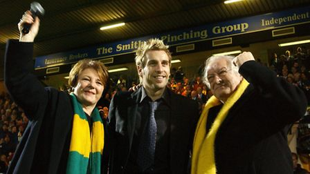Darren Huckerby is unveiled by Delia Smith and Michael Wynn-Jones on Boxing Day 2003, ahead of kick-